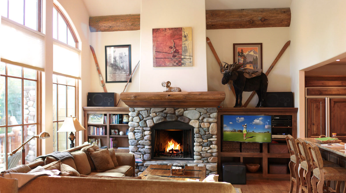 Ski Rental Home with Cozy Fireplace